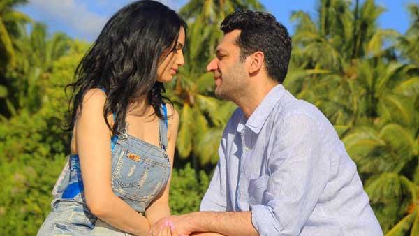 Мурат Йылдырым с Имане Эльбани (своей женой) отправились на Мальдивы Медовый месяц
